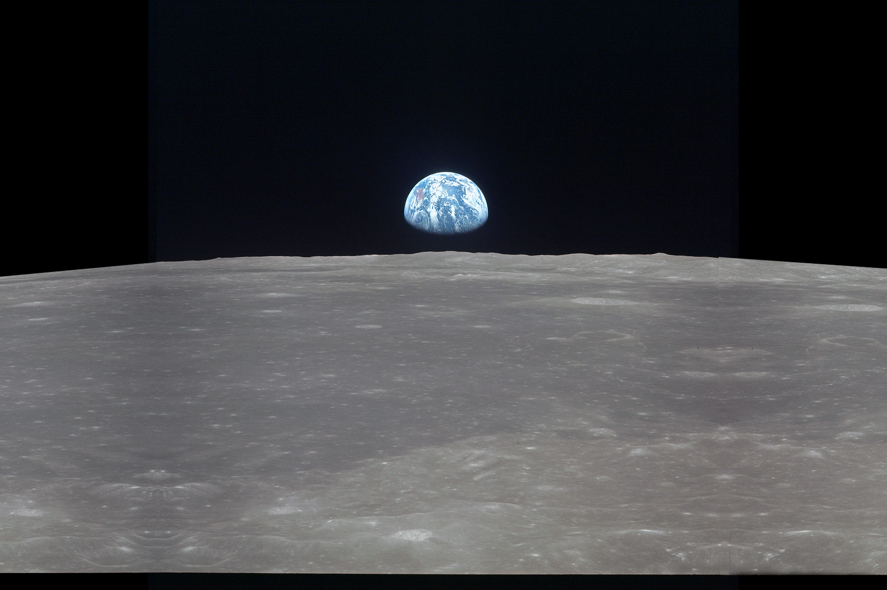 What the Earth looks like from the Moon